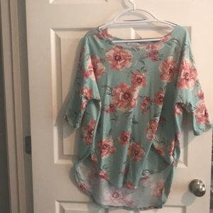 Tops - Large Tunic ... Perfect with Leggings